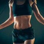 Сбалансированная тренировка со скакалкой поможет вам сбросить вес